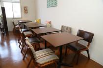 テーブル席打合せやグループ作業に便利