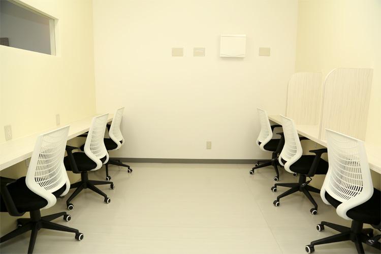 自習室も完備。